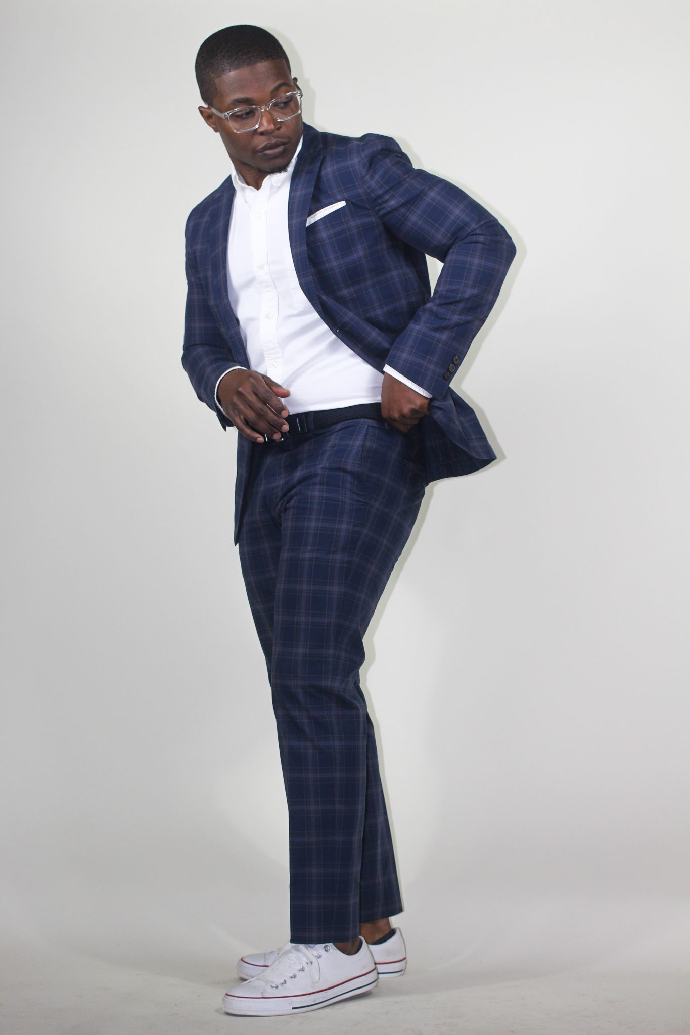dapper-advisor-black-man-wearing-uniqlo-plaid suit-white-sneakers-clear-glasses-5