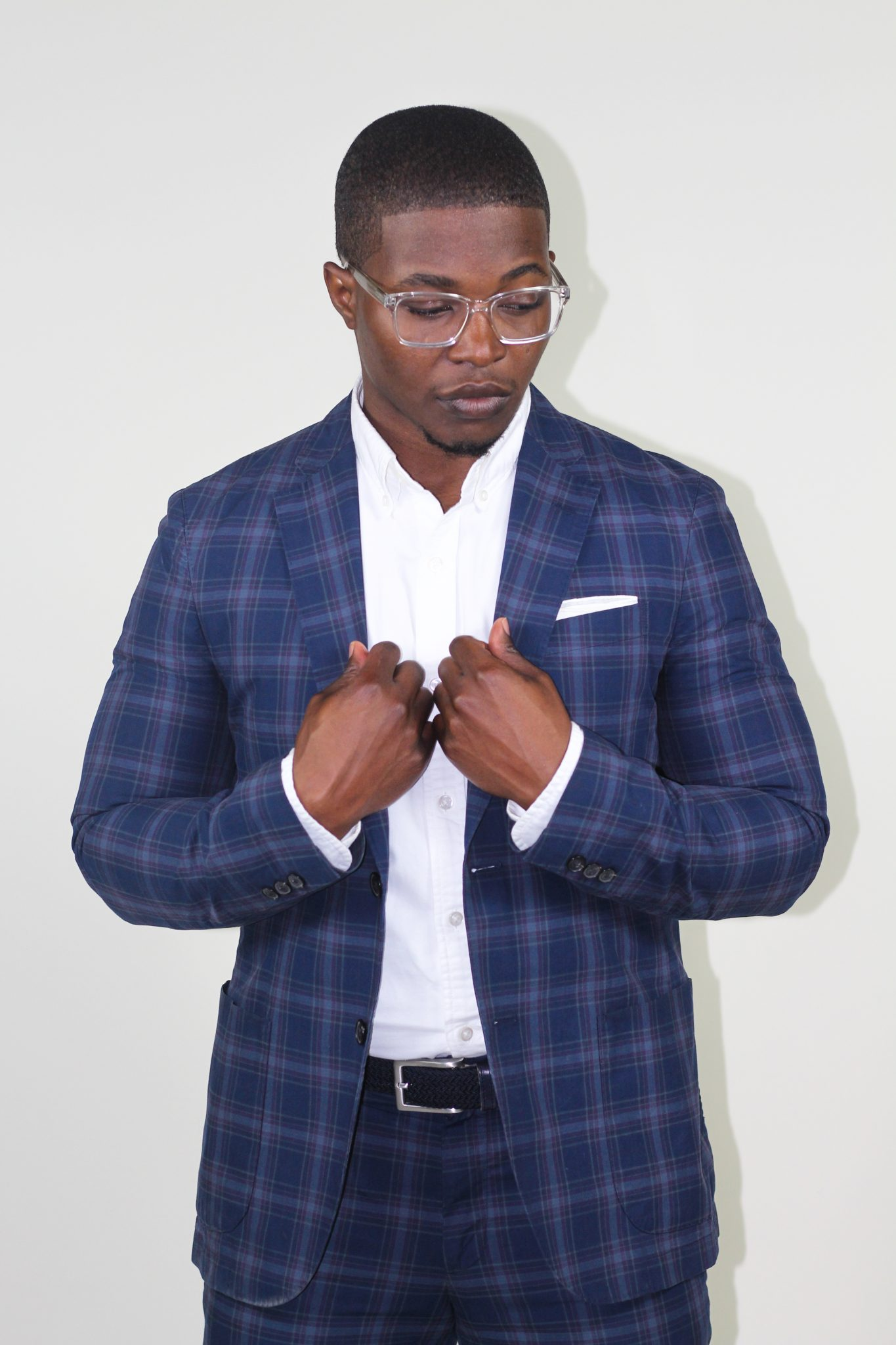 dapper-advisor-black-man-wearing-uniqlo-plaid suit-white-sneakers-clear-glasses-3