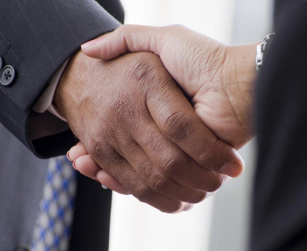 handshake_edited-1