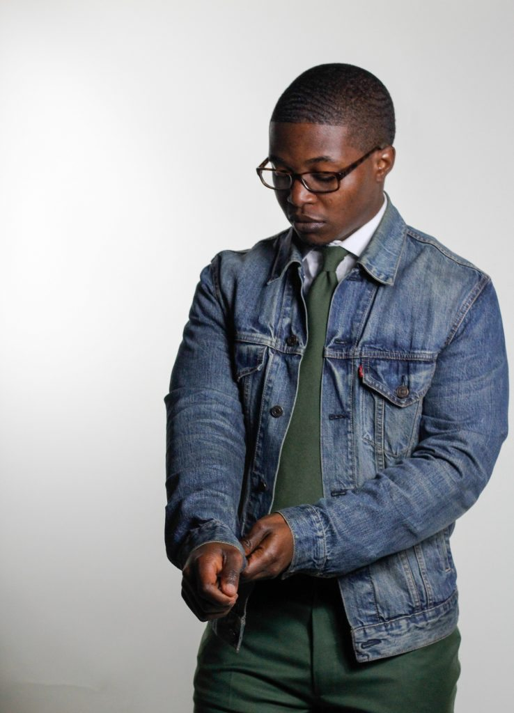How A Denim Jacket Should Fit - The Dapper Advisor