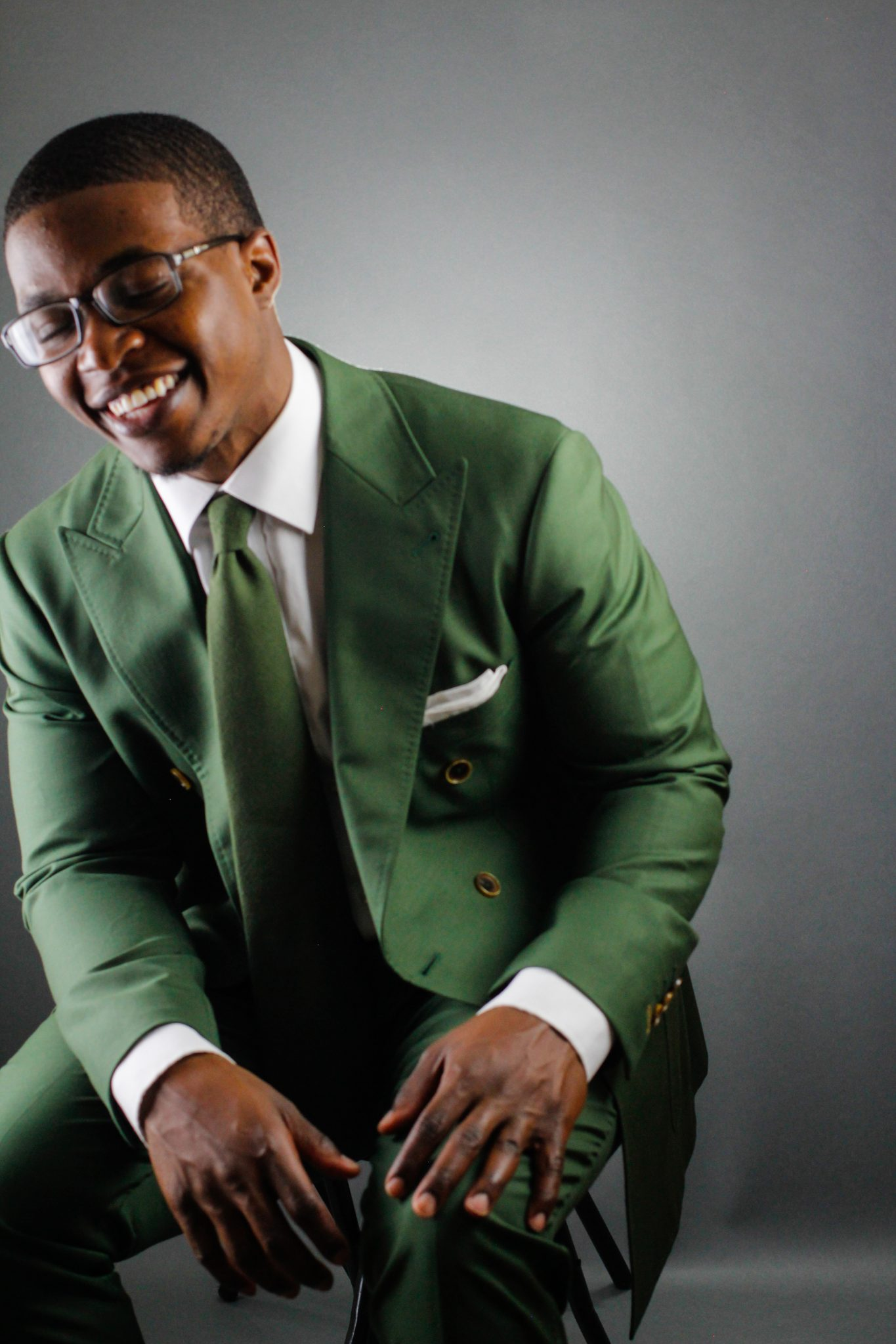 dapper advisor bureau made green custom suit 2016