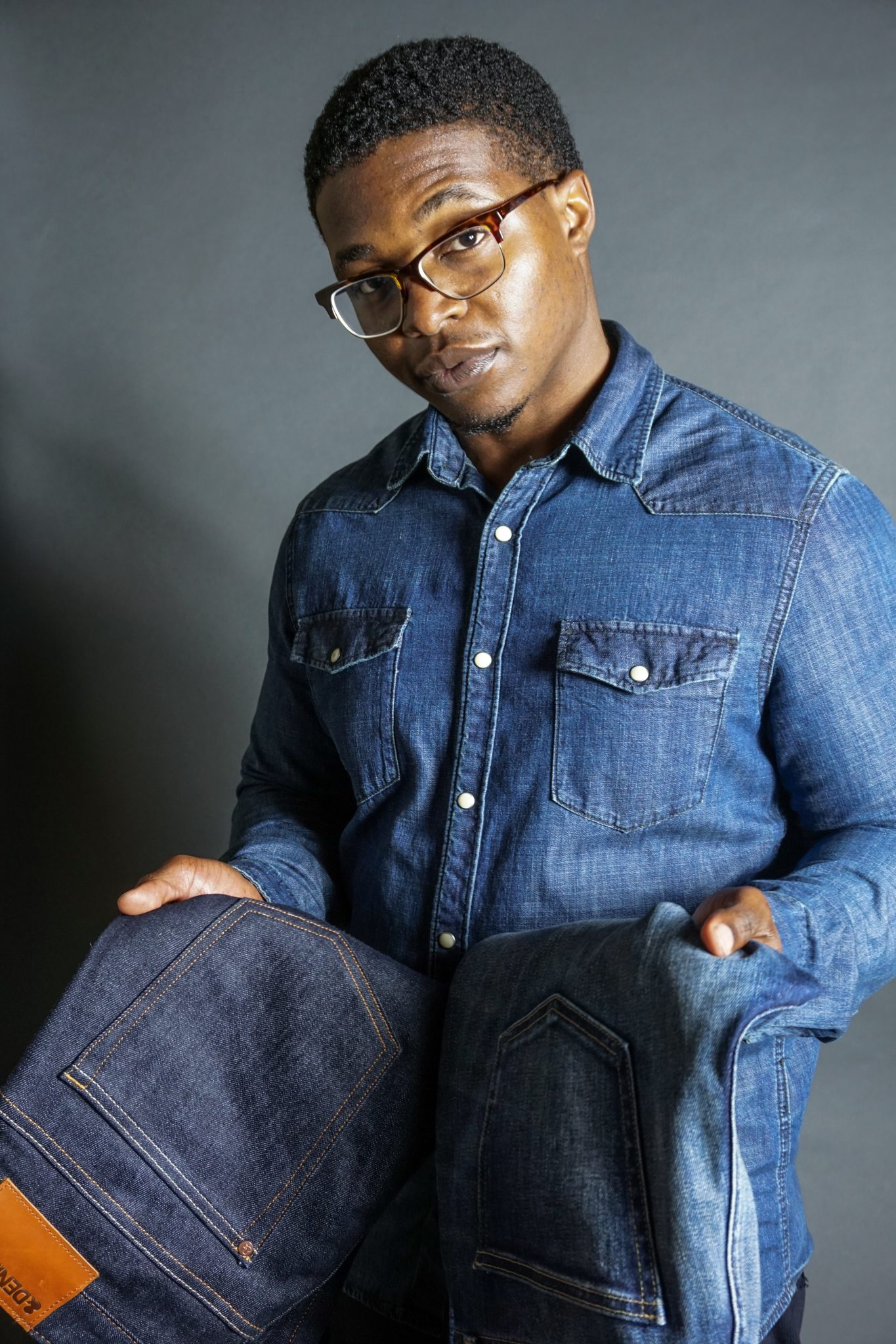 Dapper-Advisor-Akil-McLeod-black-man-African-American-difference-denim-week-shirt-jeans-raw-selvedge