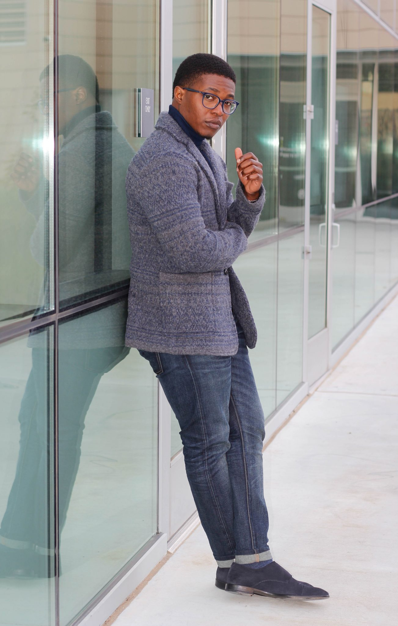 Dapper-Advisor-Akil-McLeod-African-American-man-menswear-Sweater-Blazer-Banana-Republic-eyebuydirect