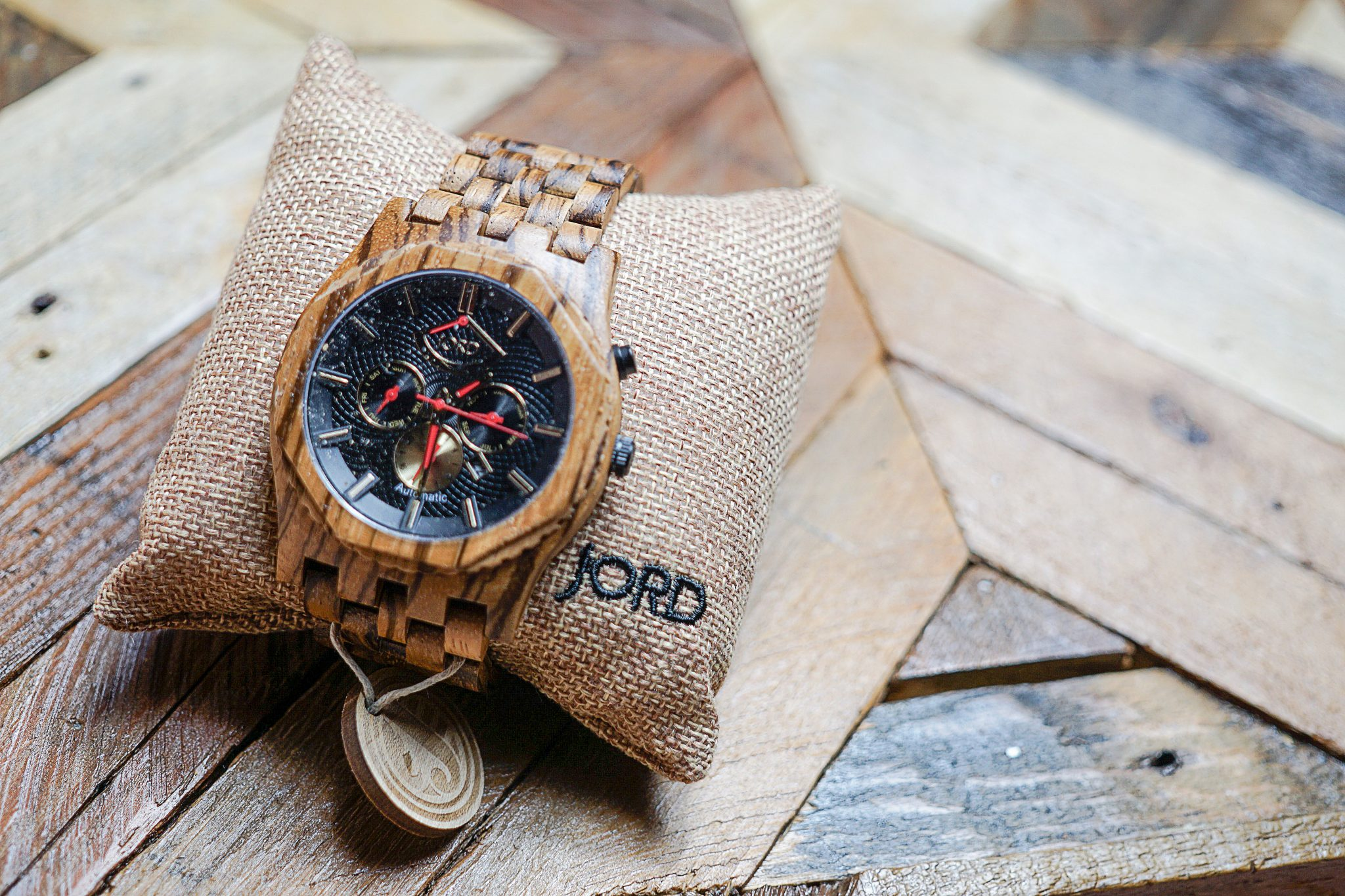 The Last Minute Gift Guide: Wood Watches