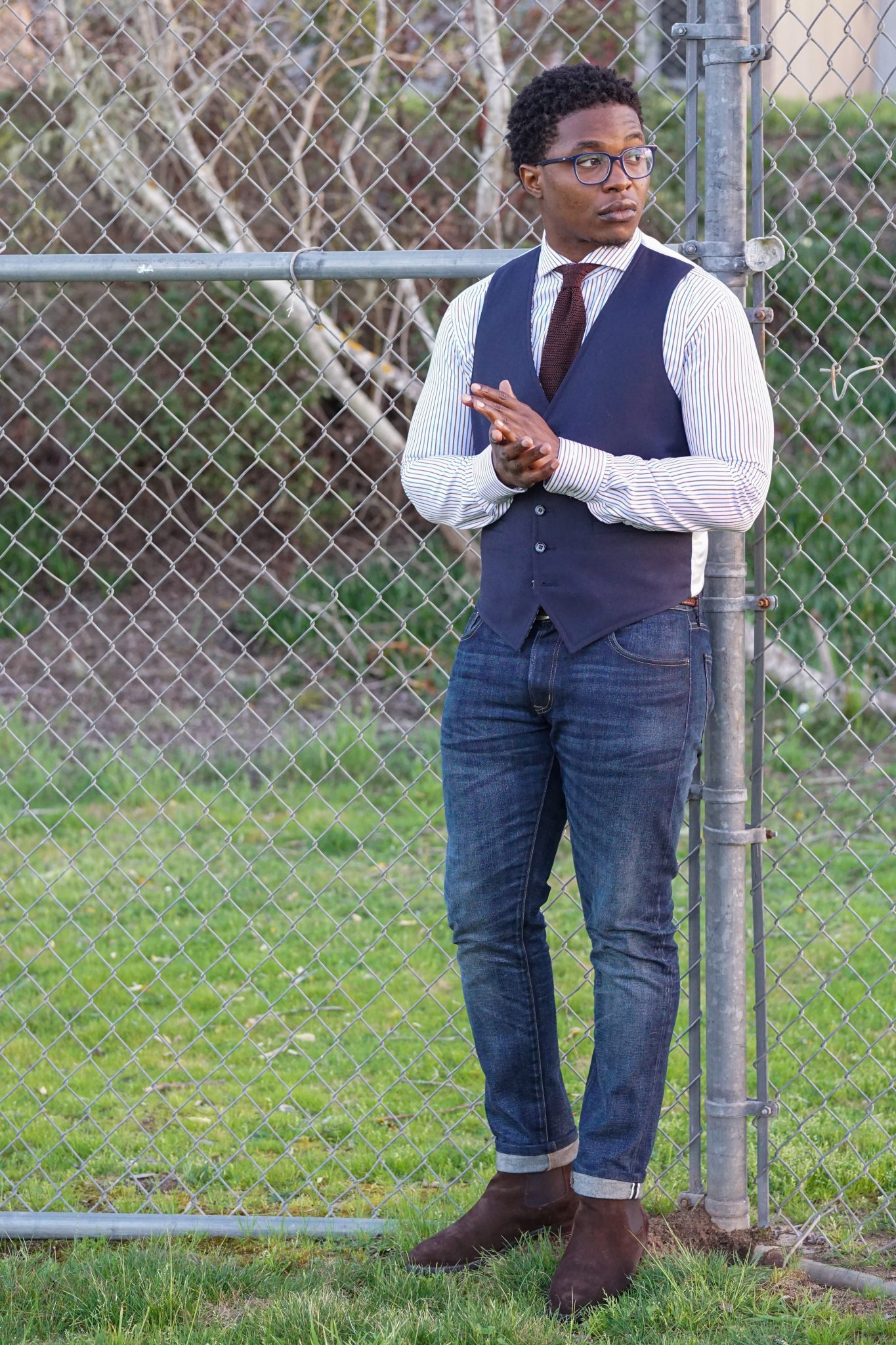dapper-advisor-black-man-wearing-navy-waistcoat-brown-silk-knit-tie-custom-itailor-stripe-shirt-6