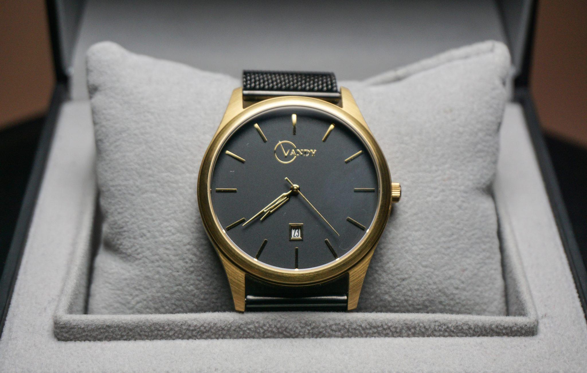 dapper-advisor-black-gold-vandy watches-watch