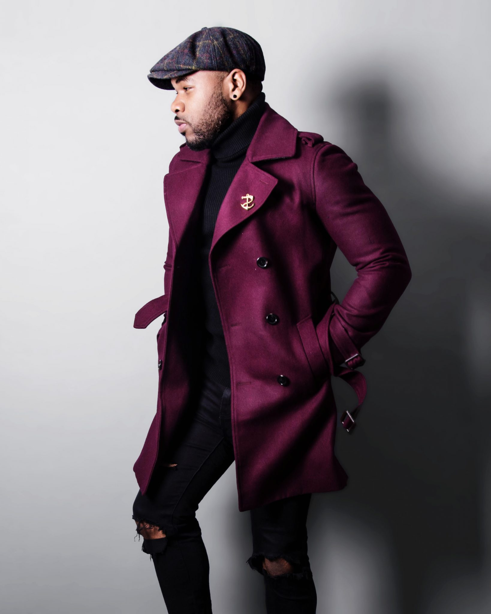 dapper advisor-f.lawson-southern gents-black turtleneck-burgundy topcoat-black ripped jeans
