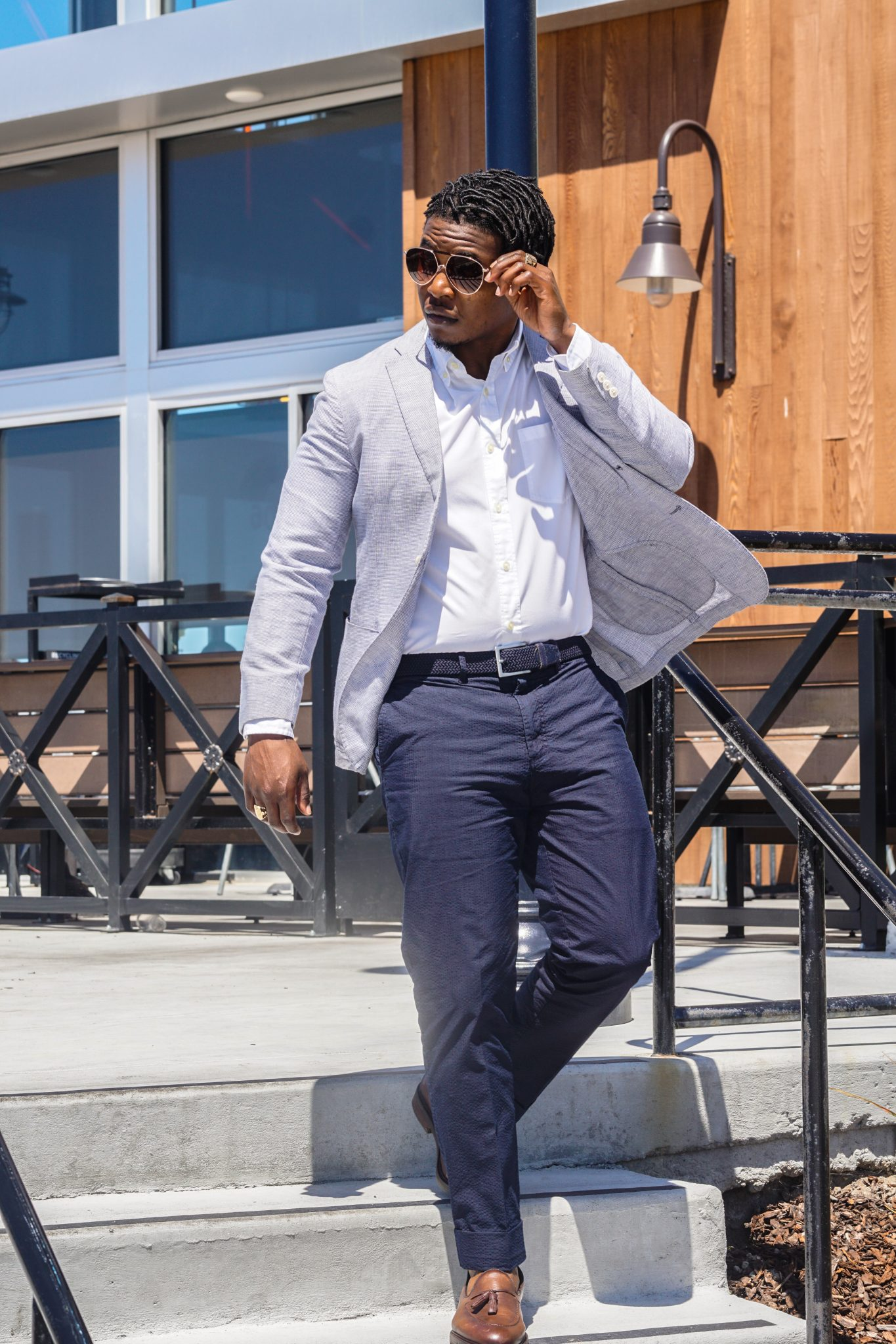 dapper advisor-black man wearing-linen blazer-seersucker pants-1