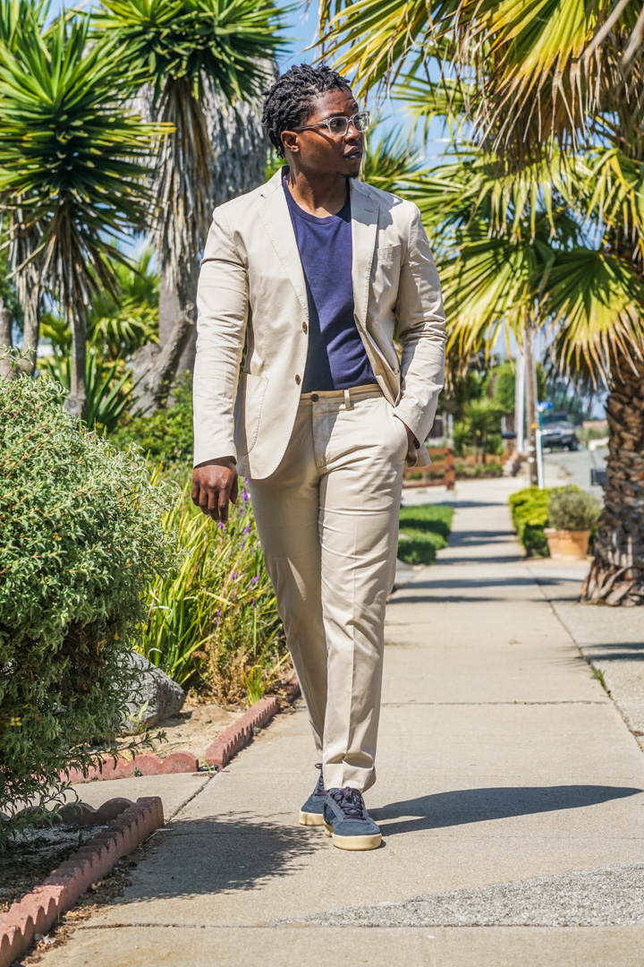 how-to-wear-a-t-shirt-blazer-combination-men-summer-style