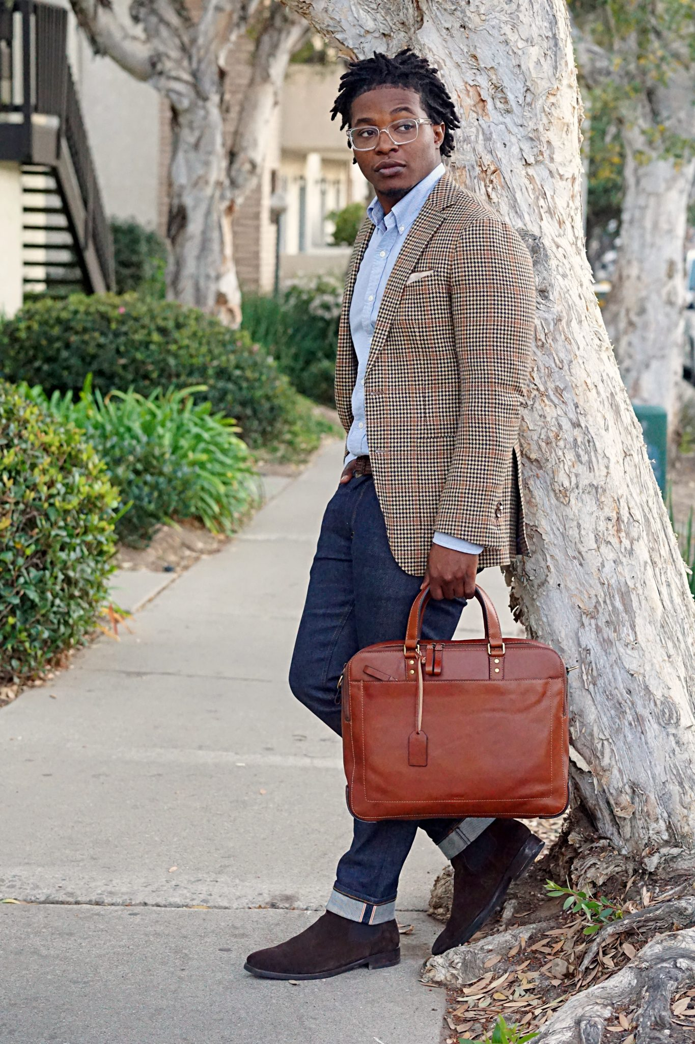 Young Entrepreneur Essentials: The Slim Leather Briefcase