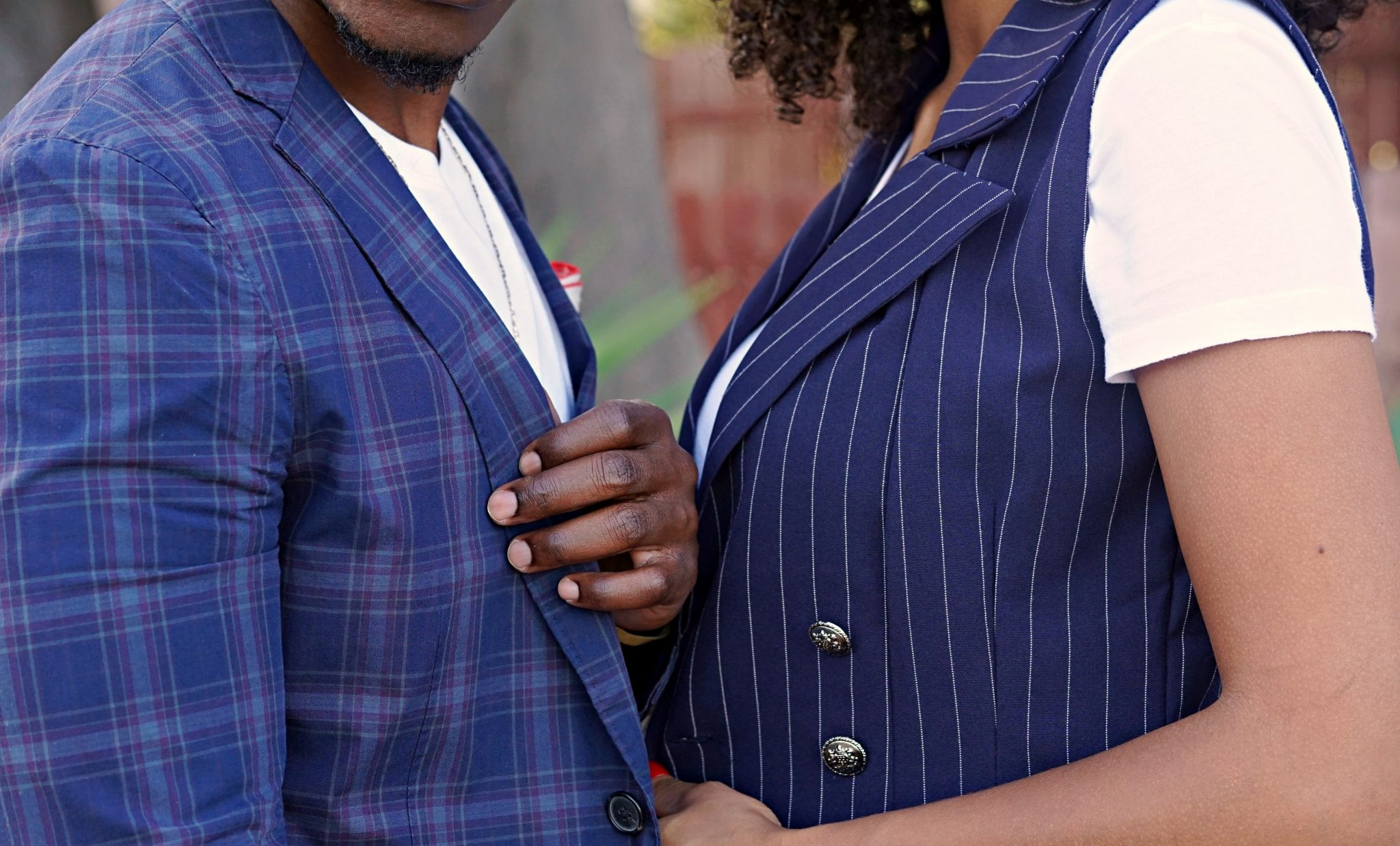 casually-tailored-date night-plaid-cotton-black-couple-wearing-suits-summer-suiting-summer-outfit-ideas-2